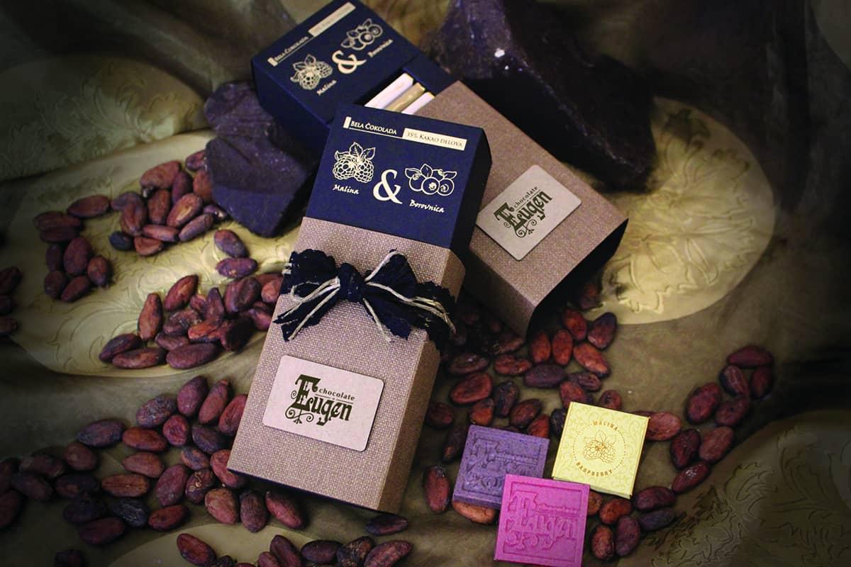 choco berries - white chocolate